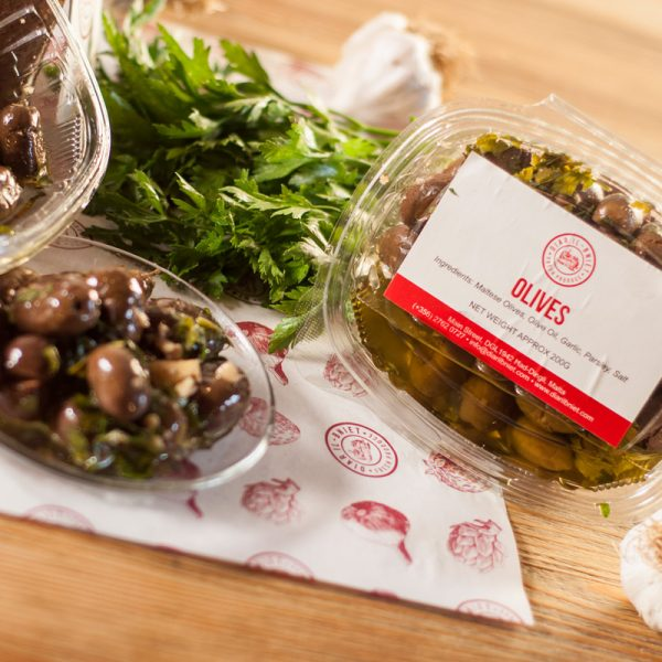 crushed-olives-garlic-parsley